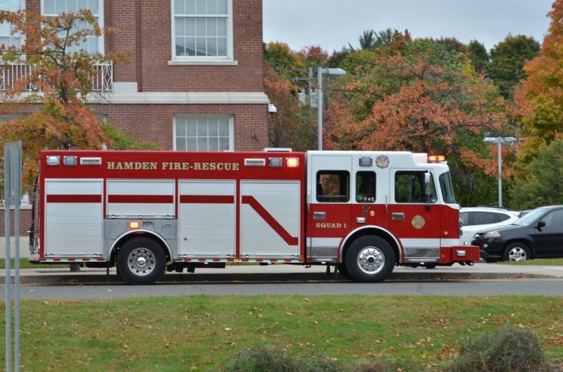 Hamden (CT) United States  city photos gallery : Bomb Threat at Hamden High School / Hamden, CT United States Press ...